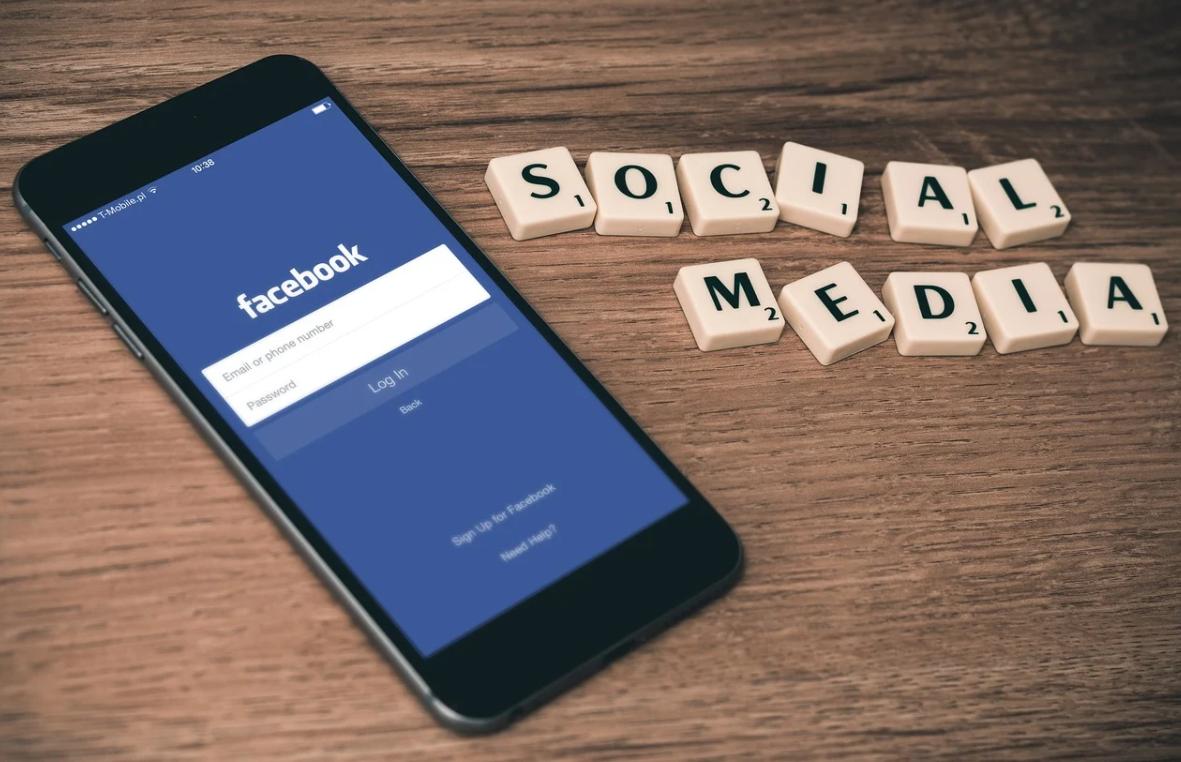 facebook a telefo