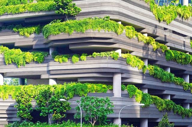 bydlení v zeleném paneláku